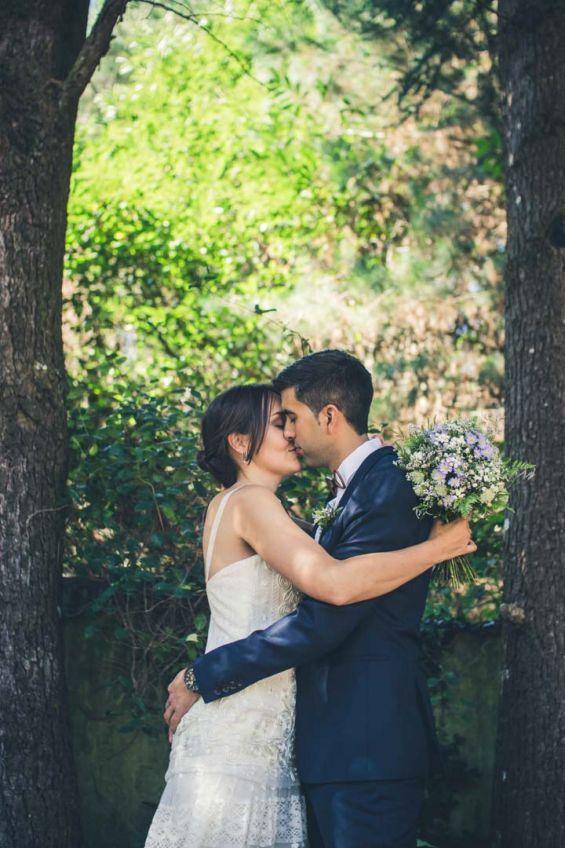 El beso de los recien casados