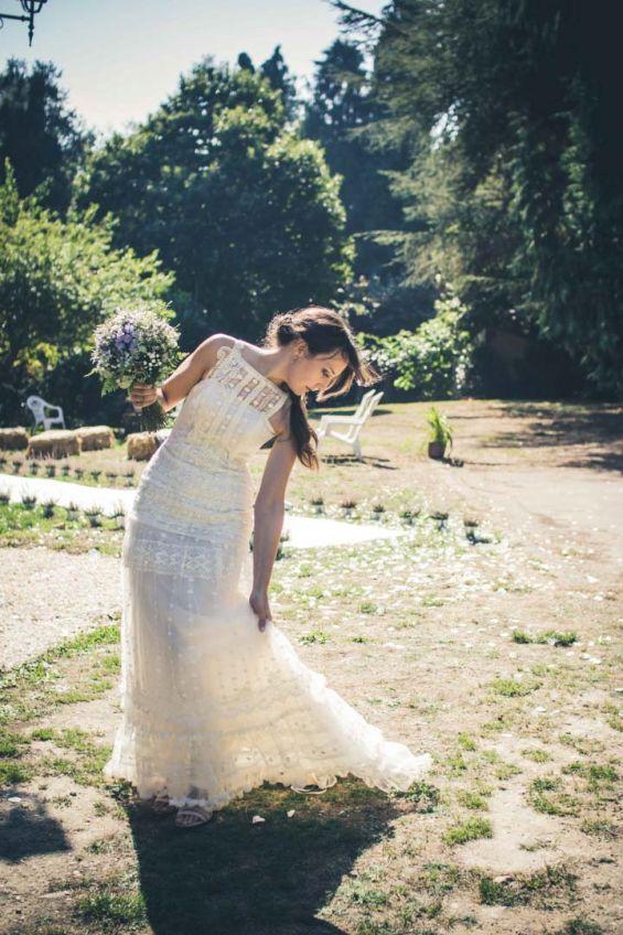 Colocando la cola del vestido