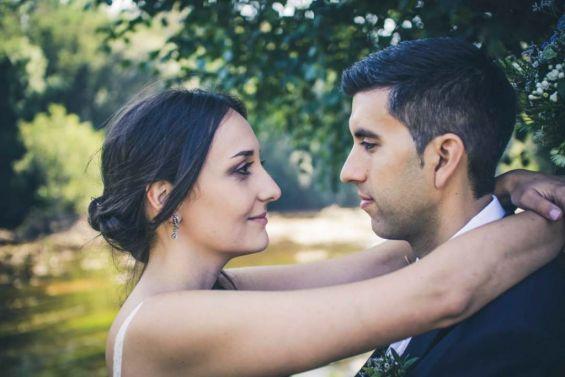 Recien casados enamorados